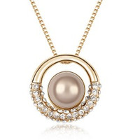 Wholesale new arrival zircon circle pearl necklace pendant necklace Individualistic lady accesories price