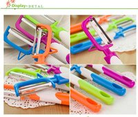 Wholesale Candy colored fruit cutting tools stainless steel fruit and peeling tools portable peeling tools necessary to support the life
