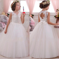 Wholesale 2016 Vintage Flower Girls Dresses for Weddings with Lace Appliqued Bow Sash Lovely Tutu Communion Birthday Dresses for Girls