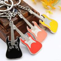 bass guitar keys - In business GUITRAR KEYCHAIN BOTTLE OPNER Creative metal guitar BASS violin key CHAIN key chain gift set FOR DECORATION