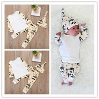 cartoon print t-shirt - 2016 INS Spring And Autumn Baby Christmas Clothes Baby Three Piece Baby Long Sleeve Cartoon Fox Printed T shirt Pants Hat Sets