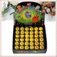 Wholesale 2016 New Fashion Halloween Rings Flashing Jelly Rings Emoji Smile LED Light Up Finger Rings Glow in the Dark Rave Party Favors F668