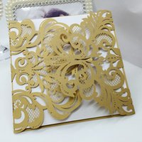 Wholesale Laser Cut Flower Wedding Invitation Cards Personalized Pearl Paper Hollow Wedding Party Invitation Cards with Envelope Customized