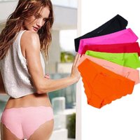 Wholesale Sexy Women Underwear Fabric Ultra Thin Comfort Panties Seamless Briefs Lace Traceless Briefs Sexy Lingerie Knickers LJY10