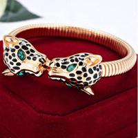animals technology - Stylish AtmosphereCity Female Necklace The Technology Of Acrylic Lasting Shine Handmade Leopard Antioxidant Fashion Stereo Bracelet