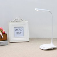Wholesale In business LED lamp Fashion simple energy saving charging office lamp eye protect touch adjustable lamp office study eye lamp