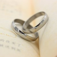 Wholesale Hot Classic Smooth Silver Stainless Steel Band Ring Women Men Unisex Party Wedding Couple Rings Mixed Size Size
