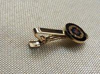 Wholesale 10pcs masonry masonic clasp breatpin for masons freemasonry stickpin knights templar tie bar clip hoc signo vinces clips