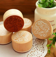 Wholesale New set Brand New Vintage English Alphabet Thanks Greetings Round Wooden Stamp Scrapbooking Wedding Party Decoration