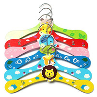 baby garment rack - 2016 Hot Salling Cartoon animal children hangers creative cute baby clothes rack clothing store dedicated non slip wooden hanger