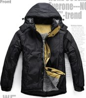 Wholesale Hooded men s outdoor jacket thick warm coat fashion mountaineering jacket padded winter ski clothing