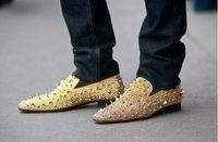 Sliver de cuir de brevets de la nouvelle Sliver des hommes mélange les pointes des chaussures plates plates d'hommes de mocassins de chaussures, chaussures de robe d'affaires d'hommes de concepteur Livraison gratuite