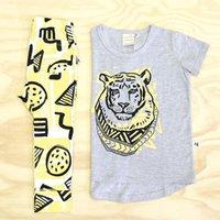 applique baby bibs - 2016 Toddler Baby Girls Boys Tiger T shirt Pants Leggings Bib Outfits Set Clothes