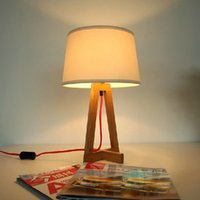 Wholesale American Wood Table Lamp Modern Personality Wooden Light Bedroom Bedside Wood Table Lamp Fabric Wood Lamp Creative Lamp