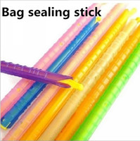 Wholesale Bag sealing stick bulk supply Polybag Food Storage Sealing clamp clip Lock bags Kitchen Gadgets storage tool