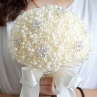 Wholesale High Quality Pearls and Crytrals Bouquets Wedding Bride Bouquet inch Diameter Iinch High Bride Holding Bridesmaid Bouquets