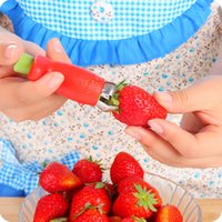 Wholesale New Kitchen Gadgets Novelty Strawberry Huller Top Leaf Remover Fruit Vegetable Tools Easy To Use High Duty Material