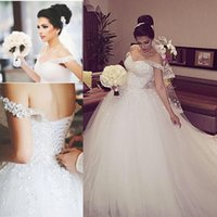 Wholesale Fairytale Ball Gown Tulle Wedding Dresses Off Shoulder Sleeveless Beaded Applique Backless Tulle Bridal Wedding Gowns Chapel Train