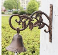 Wholesale Country Rustic Leaf Door Bell WELCOME Dinner Bell Cast Iron Wall Decorative Bell for Home Bar Shop Store Antirust