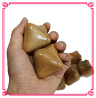 Wholesale Camphor wood Massage balls Hex Handball Wooden health ball Play the ball Handball The old man Fitness Equipment