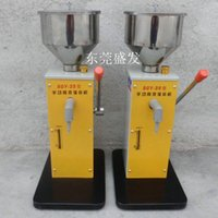 Wholesale Manual filling equipment tools to past foods bottling filler machinery cylinder ml honey lotion cream packaging L hopper