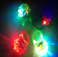 Wholesale Wedding Party Soft Flicker Ring Fashion Silicone Led Finger Ring Luminous Toys