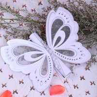 Wholesale 50Pcs Butterfly Scroll Wedding Invitation Elegant Personalized Birthday Wedding Card Invitation Box Customized Engagement Cards White Purple