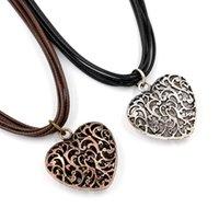 achat en gros de bijoux boucle antique-Antique Silver Pendentif en forme de coeur Colliers Bijoux Fashion Wax main corde Boucle magnétique cou Adorn Colliers Pour Cadeaux Lady Femme