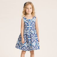 Cheap 2016 Children New Summer Baby Girls Fashion Cute Sleeveless the fashion for blue and white china in England Lovely Princess Dress D2156