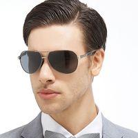 Kunef-2016 diseñador de marca de lujo para hombre polarizado gafas de sol hombres Polaroid conductor Sunglass deportes conducir gafas de sol Classic Pilot estilo de vidrio