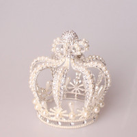 Wholesale White Golden Pearls Tiaras Crown Wedding Accesspries Bling Sequined Faux Pearl Tiara Europe Retro Queen princess Girls Wedding Ball