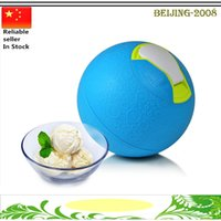 Wholesale Fashion Yaylabs Soft Shell Ice Cream Ball Pint Blueberry Blue BPA Freeze Ice Cream Maker