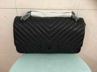 Wholesale 2016 lady s genuine lambskin leather flap bag chevron V design cm cm high quality lambskin good price