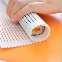 Wholesale Japan Bento Hand Roll Temaki Sushi Mold Maker Rice Paddle Lunchbox Mould lunch Sushi shutter Sushi Tools