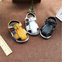 Wholesale and retail new summer toddler sandals shoes baby boy soft bottom anti slip White black yellow colors