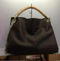 Wholesale Top Quality fashion leisure shoulder bag Famous brand Messenger Bag with handle canvas bag have concave designed style