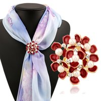 Wholesale Silk For Scarfs China - Fashion Women's Round Flower Silk Ribbons Buckle Rhinestone Alloy Scarf Holder Clip for Women wedding Party DHH139