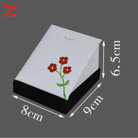 Wholesale New Arrival Brand Hand Painted White PU Leather Black Vevlet Wood Jewelry Display Holder Pendant Necklace Jewelry Display Stand Chinese Art
