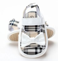 Wholesale baby girls butterfly shoes New Bowknot Plaid Toddler First Shoes Summer Toddler Prewalker Cute Infant Sandals XW143