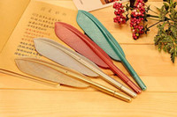 Wholesale New Creative Feathers Shape Gel Pens Exquisite Plastic Colors Writing Supplies High Qulity Stationery Adults Children sGift for Christmas