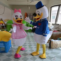 Wholesale Halloween Hot Edition Donald Duck Mascot Costume Couple Mascotte Suit Adult Size Fancy Dress Party Cheap Price Factory Direct