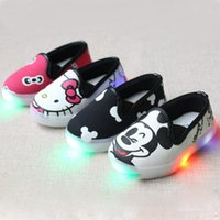 Wholesale New LED Cartoon Children s Casual Shoes USB Light Mouse Hello Kitty Cute KT Girls Casual Sneakers Girls Athletic Leisure Shoes A5778