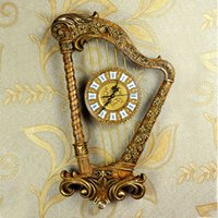 Wholesale Hot Sell Retro Resin Harp Shape Wall Clock Vintage Home Decor Fashionable Creative Suitable For Living Room