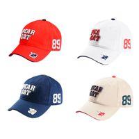 Nouveaux mode Golf Hat de haute qualité sportive sunhat 4 couleurs Equipement extérieur choix casquette de golf décontracté Livraison gratuite