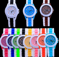battery pencil - 2016 Special Offer Limited Fashion Cartoon Pencil Pointer Funny Digital Silicone Watches Best Gift Women Men Watch
