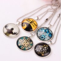 Wholesale 2016 Jewelry Christmas Halloween Time Gem Collection Disc Charm Glow in the Dark Pendant Necklace Christmas Halloween Decoration Gifts