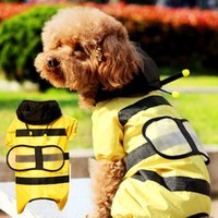 Wholesale pet clothes Dog clothes bee pet dog Pets and gardening dog Tactic golden raincoat poncho four dog raincoat Dogs and supplies pet clothes