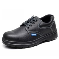 Wholesale Men s Work Safety Shoes Protective Boots Split Leather Smash proof Penetration resistant Water Resistant Fashionable Shoes Steel Toe Black