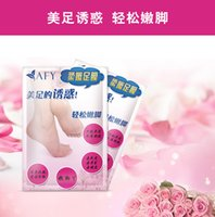 baby pedicure - 1Pairs Feet Care For Heels Exfoliating Feet Mask Baby Foot Peeling Cactus Socks For Pedicure Cuticle Remover WA0132