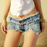 Wholesale Light Blue Low Waist Stud Fashion Denim Shorts For Women Summer Skinny Mini Pants Girls Hot Short M022